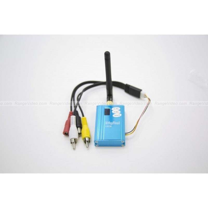 2.4 GHz 700mW FPV video transmitter w/antenna & harness
