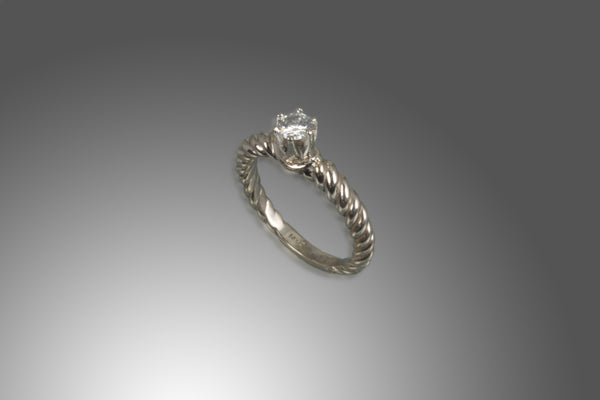 14kt White Gold Solitaire Diamond Ring in Platinum