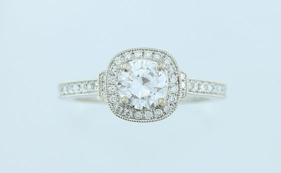 1.09 ct Diamond Halo Style Ring