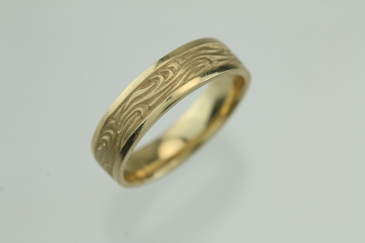 Starry Night 14KT Yellow Gold Ring