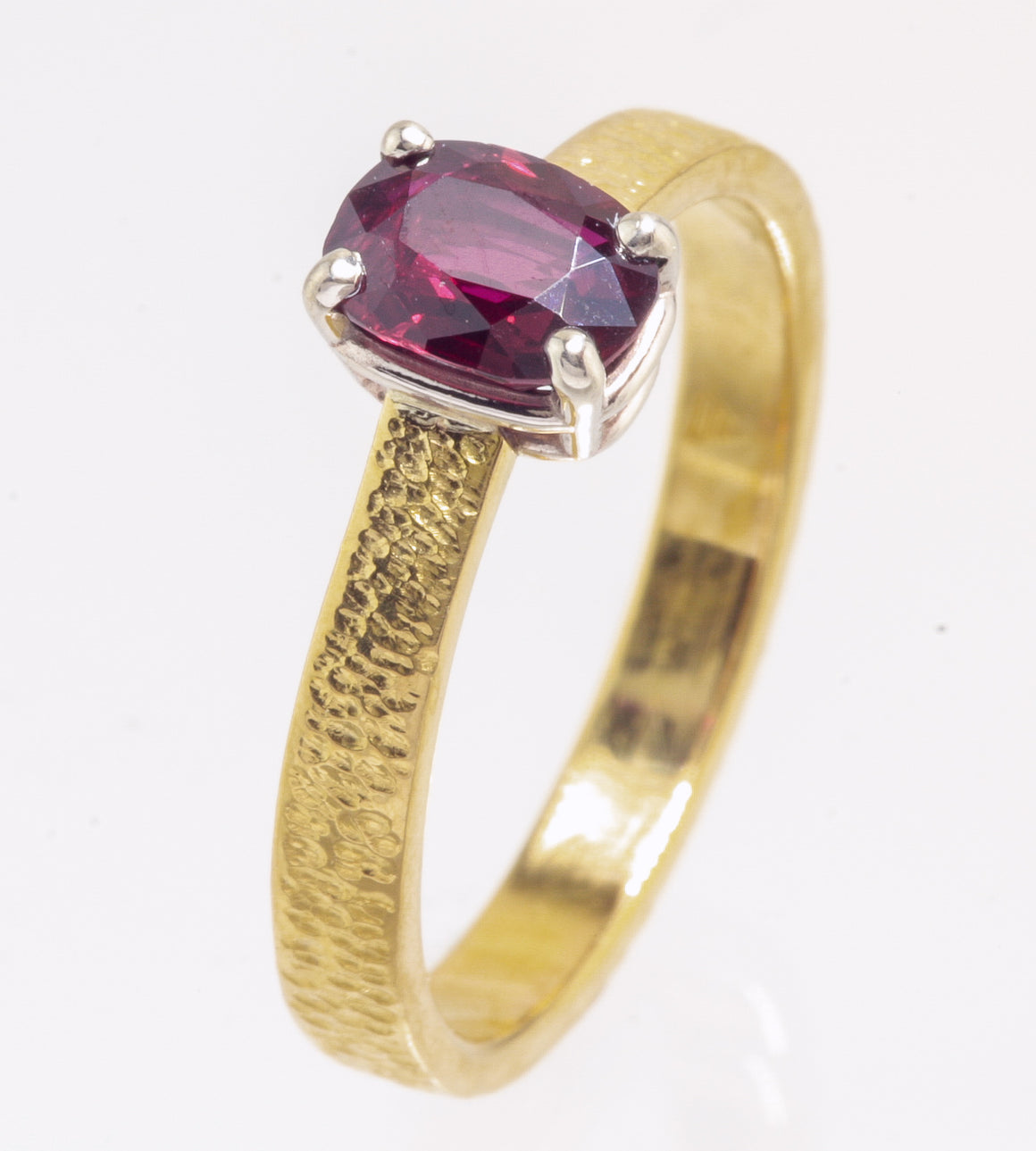 Ruby 22kt Gold Ring