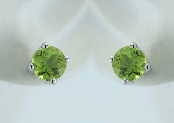 Round 5mm Faceted Peridot Sterling Silver Studs