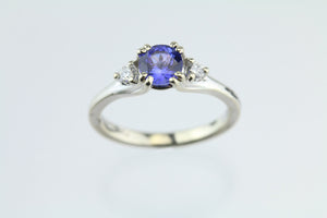 Tanzanite & Diamonds 14kt White Gold Ring