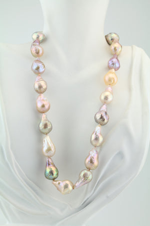 Multicolor Freshwater Ming Pearl Necklace 18""