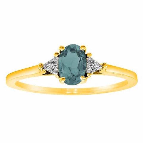 14k Yellow Gold 3/5 Ct Aquamarine & 1/6 Ct Triangle Trillion Diamond Ring