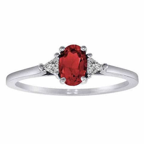 10k White Gold 3/5 Ct Garnet & 1/6 Ct Triangle Trillion Diamond Ring