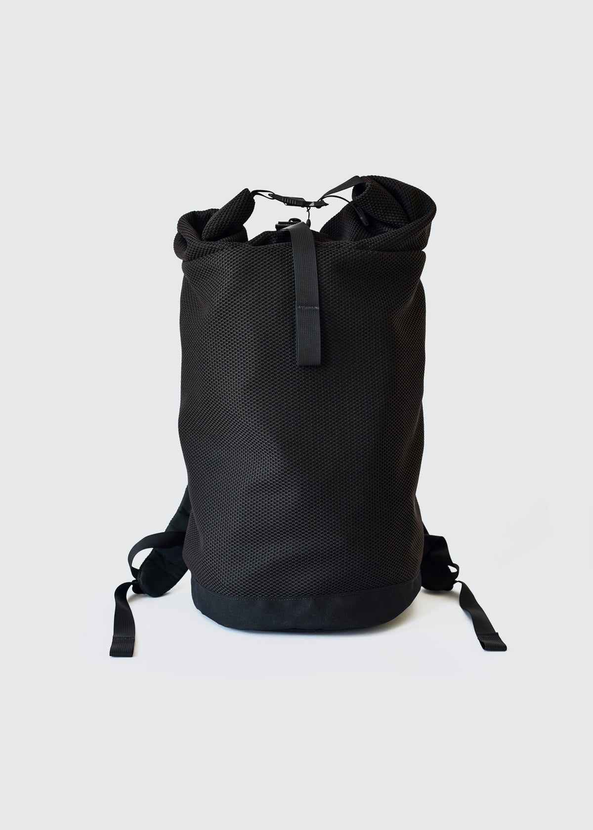 A03 - ROLL TOP PACK - BLACK AFT
