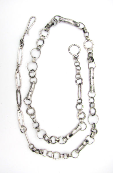Volcanic Tubes and Hoop Links Chain