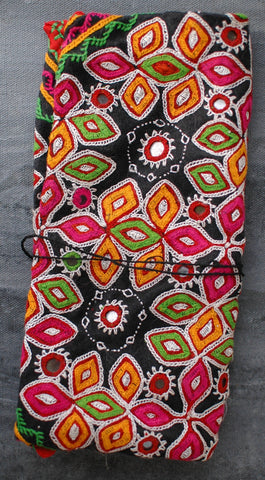 Kutchi Embroidered Traditional Coin Purse / Clutch