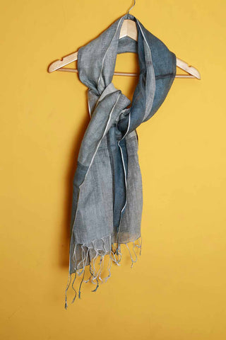 Blue off-white linen stole