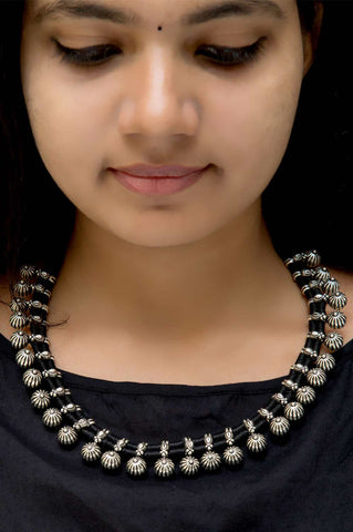 Silver Sarati Thread Necklace