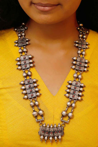 Tribal Kundan Statement Neckpiece