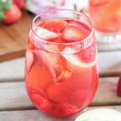 CHEERS // A Peach Rose Sangria - pretty please!