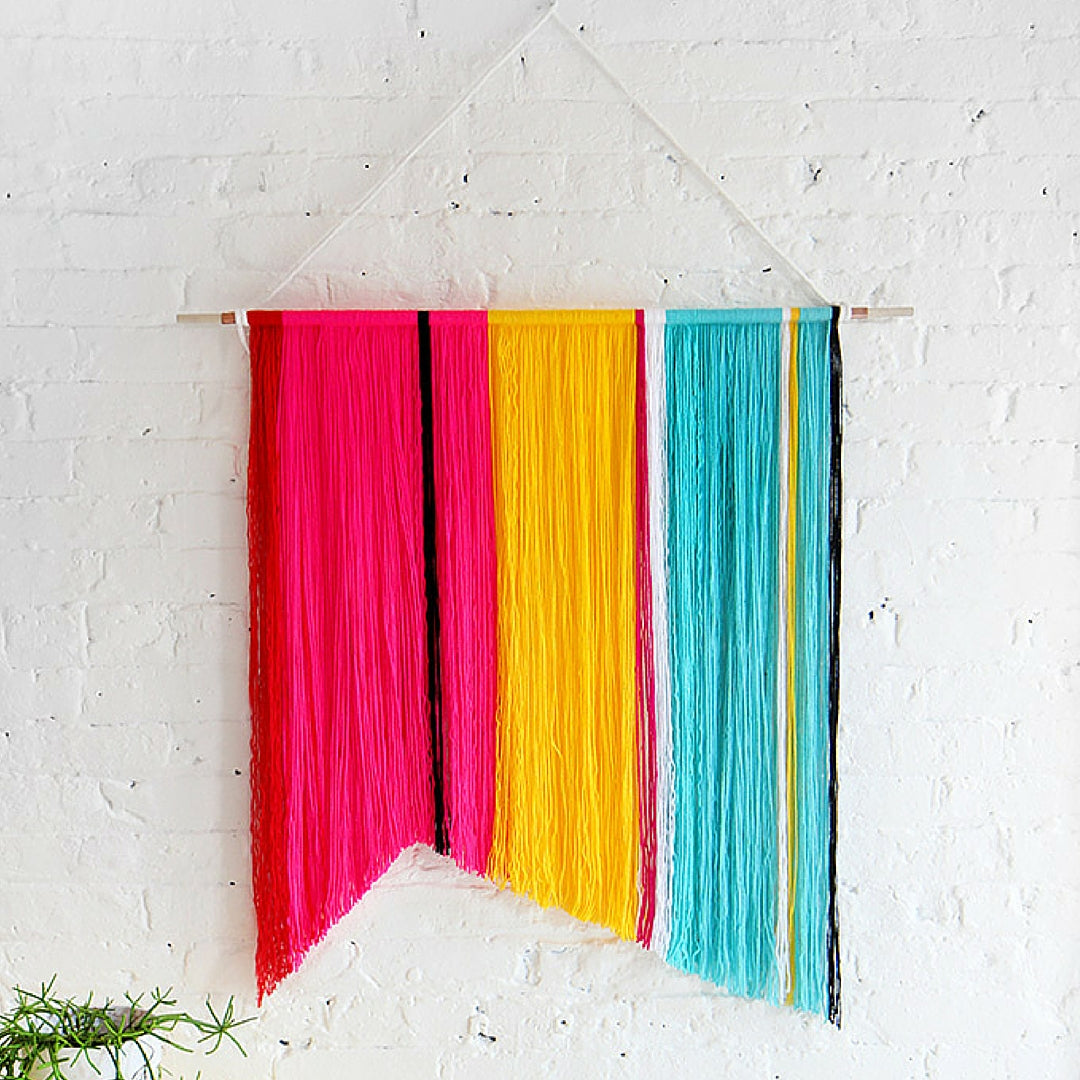 Simple DIY idea Yarn Wall Hanging Photo