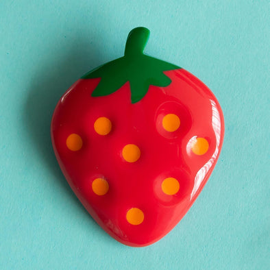 RO1960BR-G-STRAWBERRY-Tutti-Frutti-Strawberry-Brooch-1200x1200.jpg