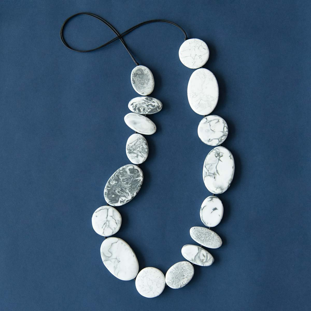 RO2011NK-GREY-MARBLE-LONG-NECKLACE.jpg