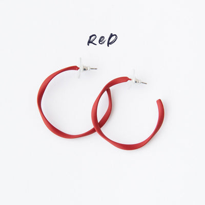 RO2026ER-RED-MIDI-HOOPS-WHITE-BACKGROUND-NAMED.jpg