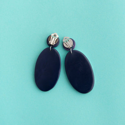 RO2060CER-NAVY-ARTISAN-DROPS-CLIP-ON-2.jpg