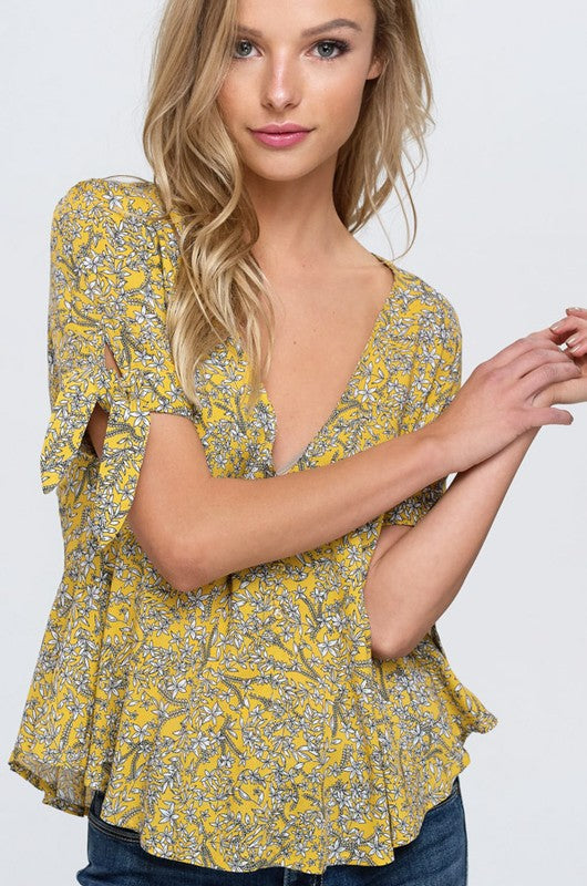 Hello Floral Tie Sleeve Top