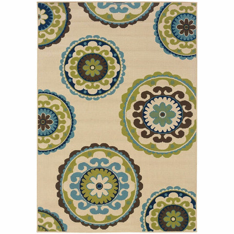 Caspian Ivory Green Medallion  Outdoor Rug