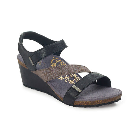 Aetrex Brynn Quarter Strap Wedge