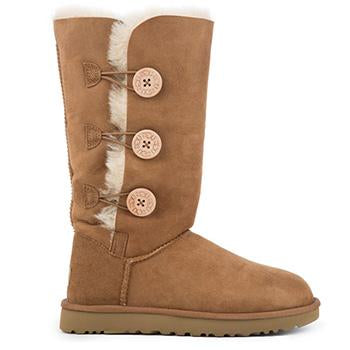 UGG Women's Bailey Button Triplet II Boot Chestnut