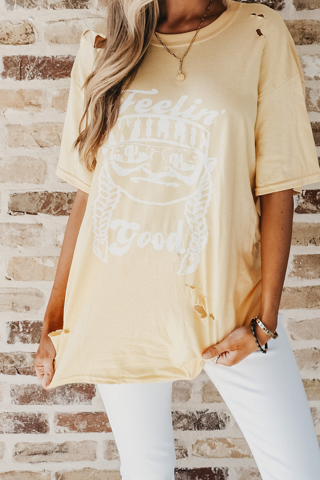 Feelin' Willie Graphic Tee