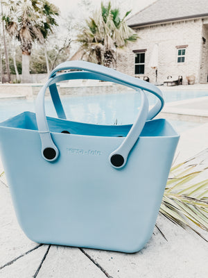 Versa Tote in Baby Blue - Small