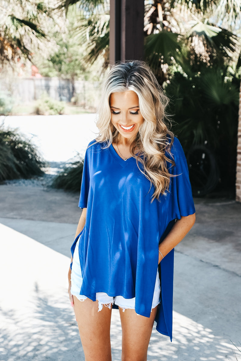 Oversized V-Neck Side Slit Tee