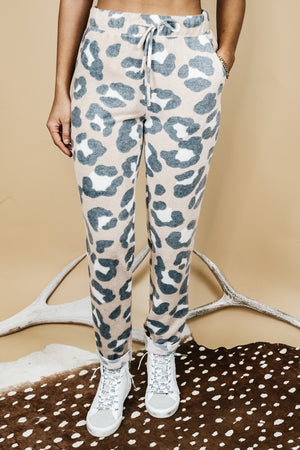 Soft Cheetah Cuffed Pants In Taupe