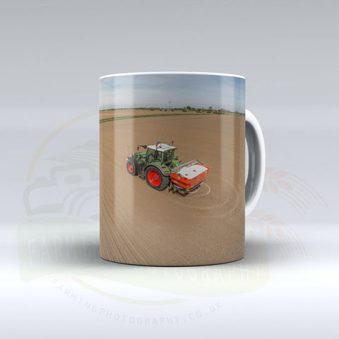 Fendt Fertiliser Spreading Ceramic Mug.