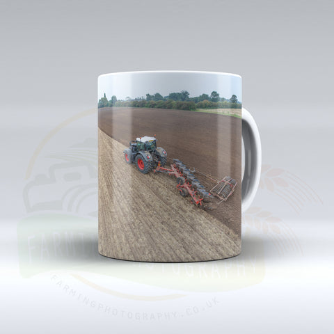 Fendt Tractor Ploughing mug.