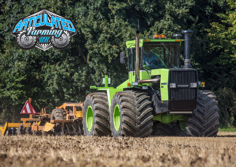 Steiger Panther KM325 IV Cultivating Poster print
