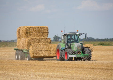 Fendt Tractor Bale Chasing Poster print