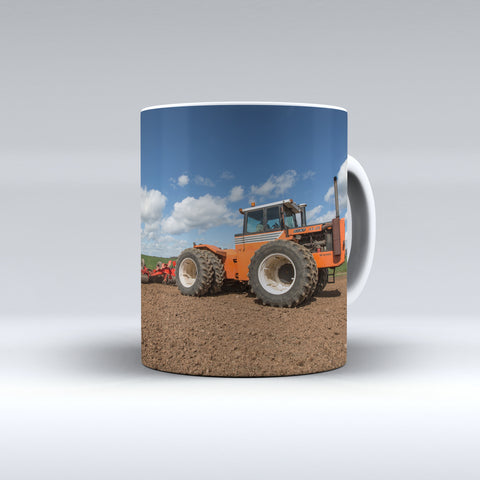 Fiat Versatile 44-28 Cultivating Ceramic Mug