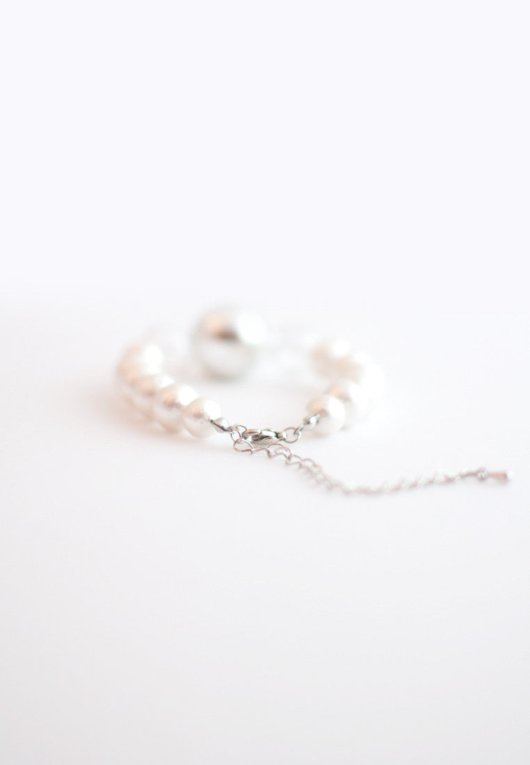 Cotton Pearls Glass Bracelet - sanwaitsai - 3