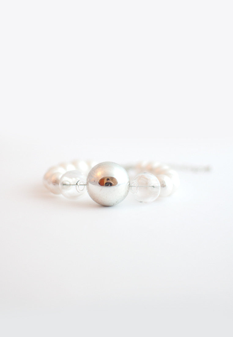 Cotton Pearls Glass Bracelet - sanwaitsai