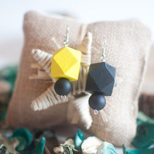 Black & Yellow Earrings - sanwaitsai