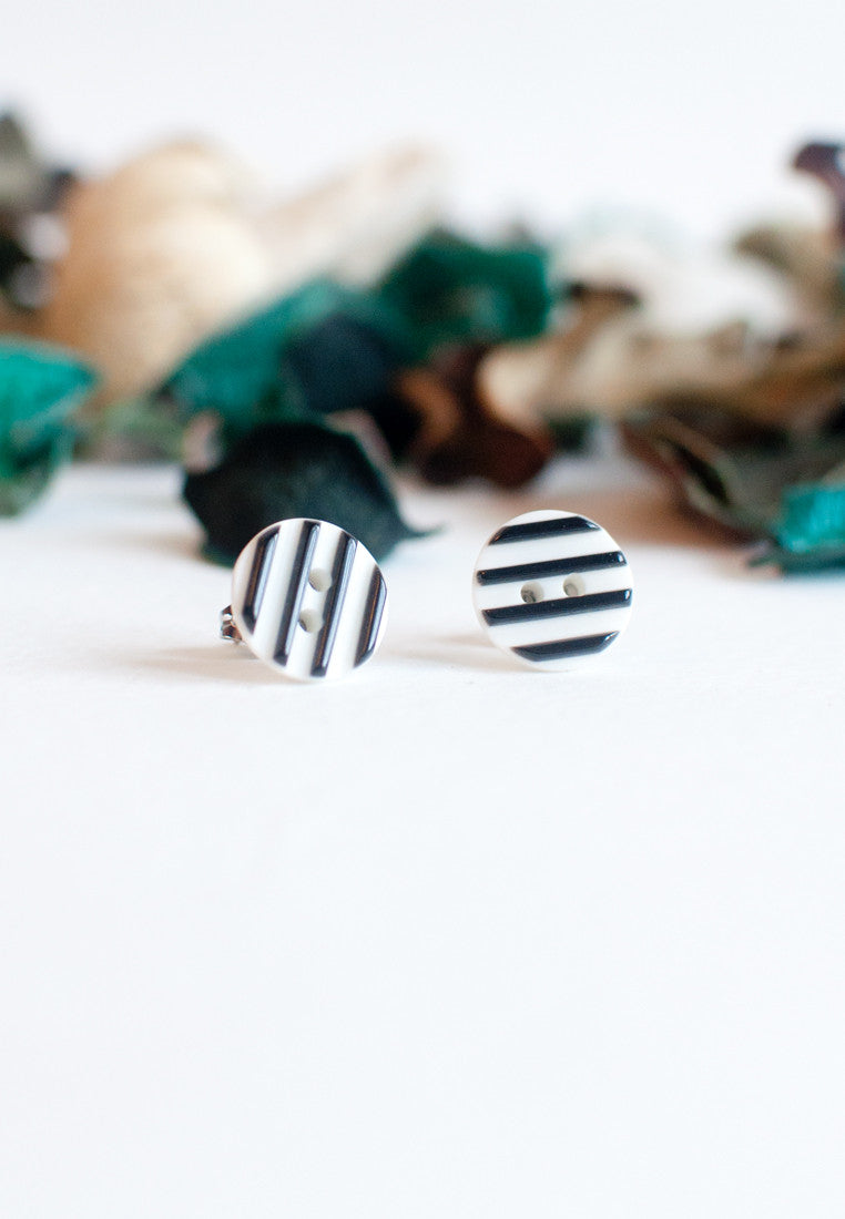 Stripe Earrings - sanwaitsai