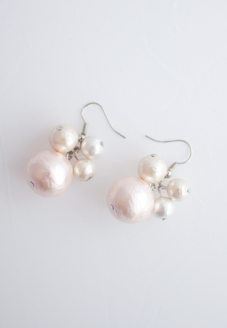 Japanese Cotton Pearl Earrings - sanwaitsai