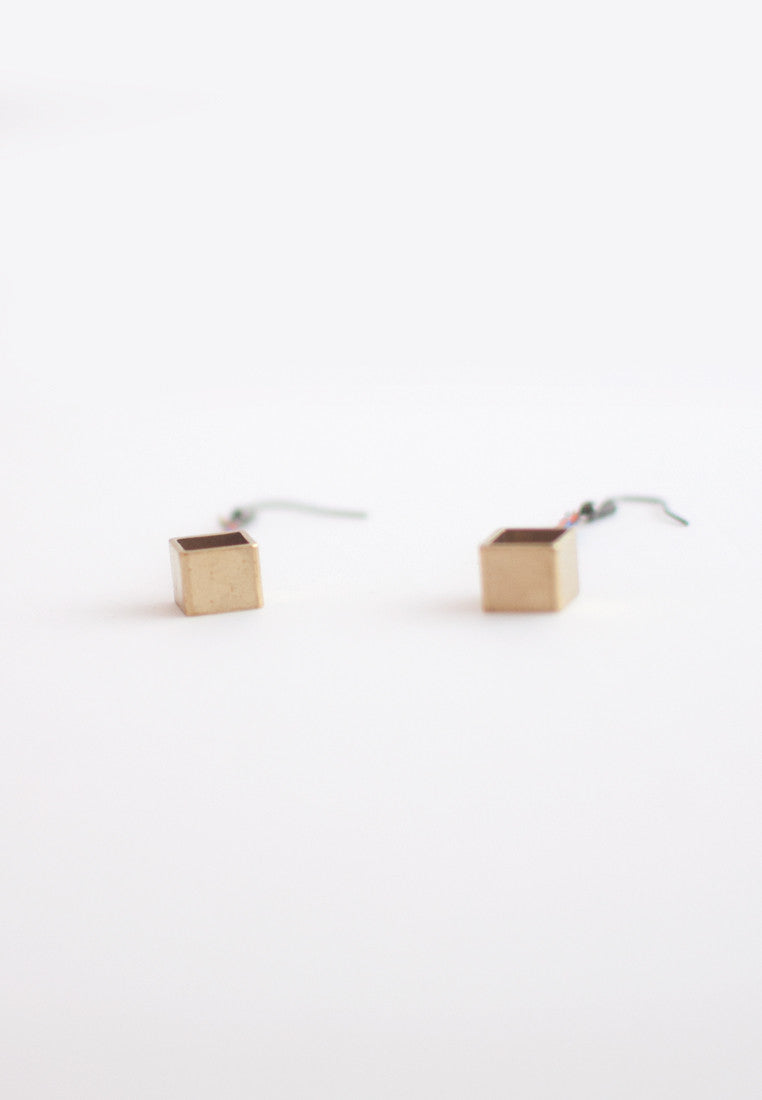 Resin Metal Earrings - sanwaitsai - 3