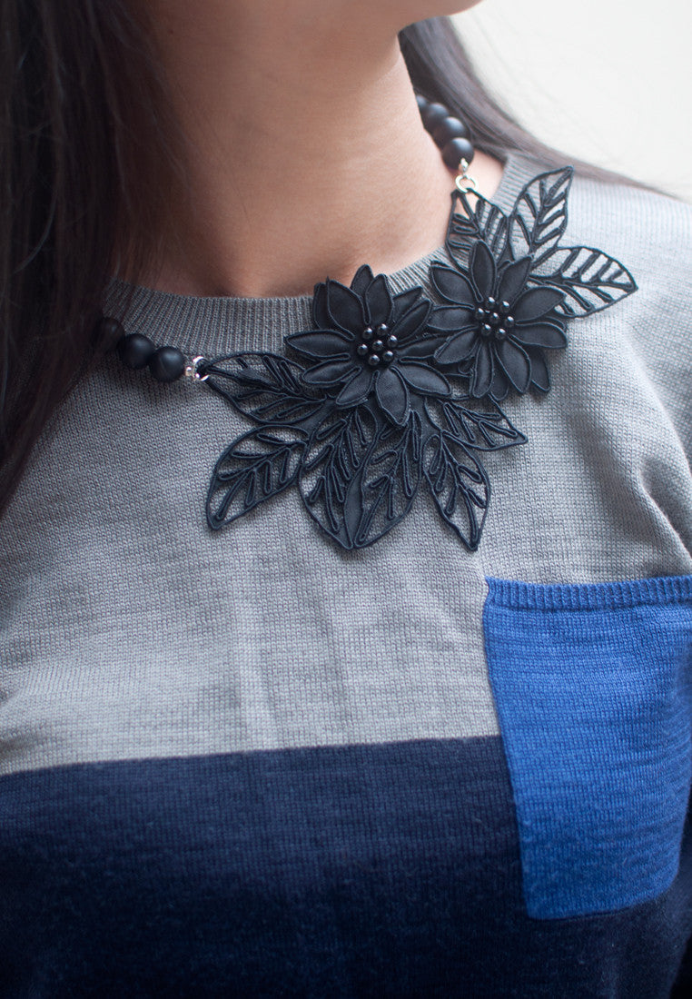 Black Lace Necklace - sanwaitsai