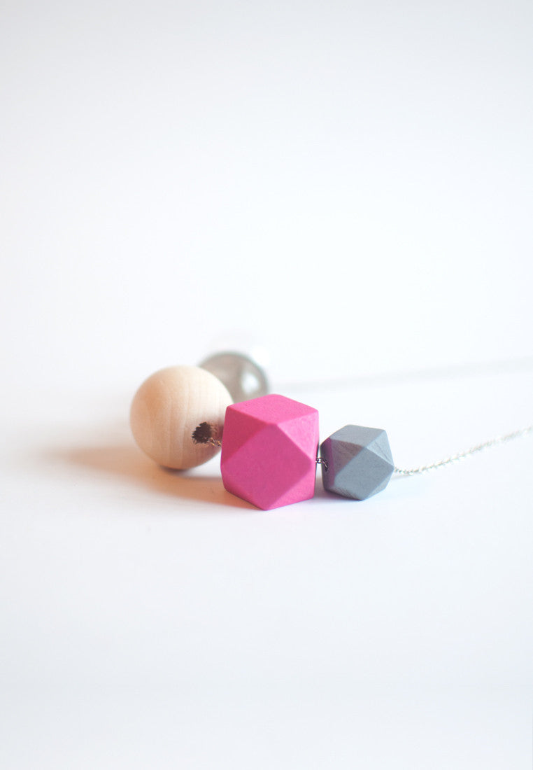 Pink Wooden Necklace - sanwaitsai