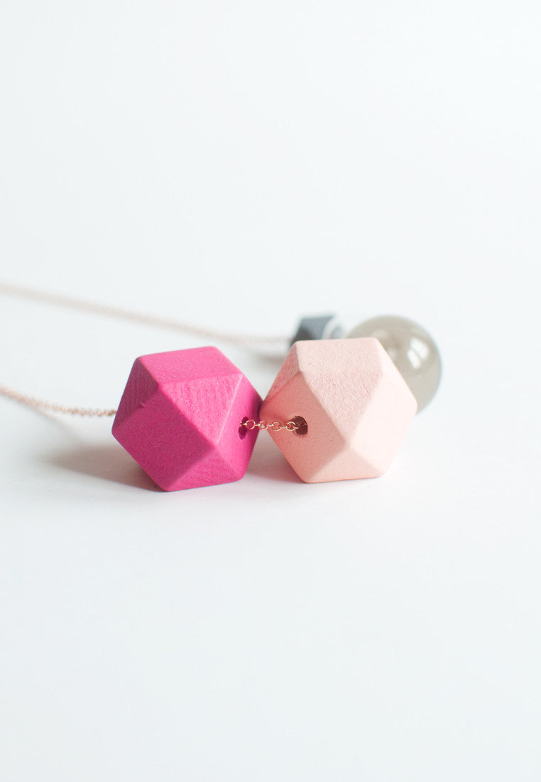 Pink Glass Necklace - sanwaitsai