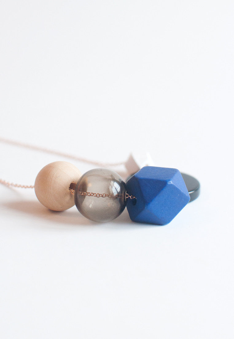 Blue Wood Bead Necklace - sanwaitsai