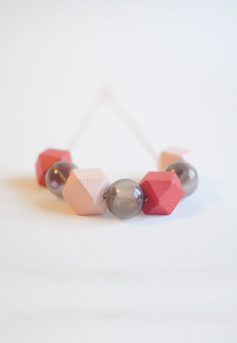 Pink Glass Bead Necklace - sanwaitsai