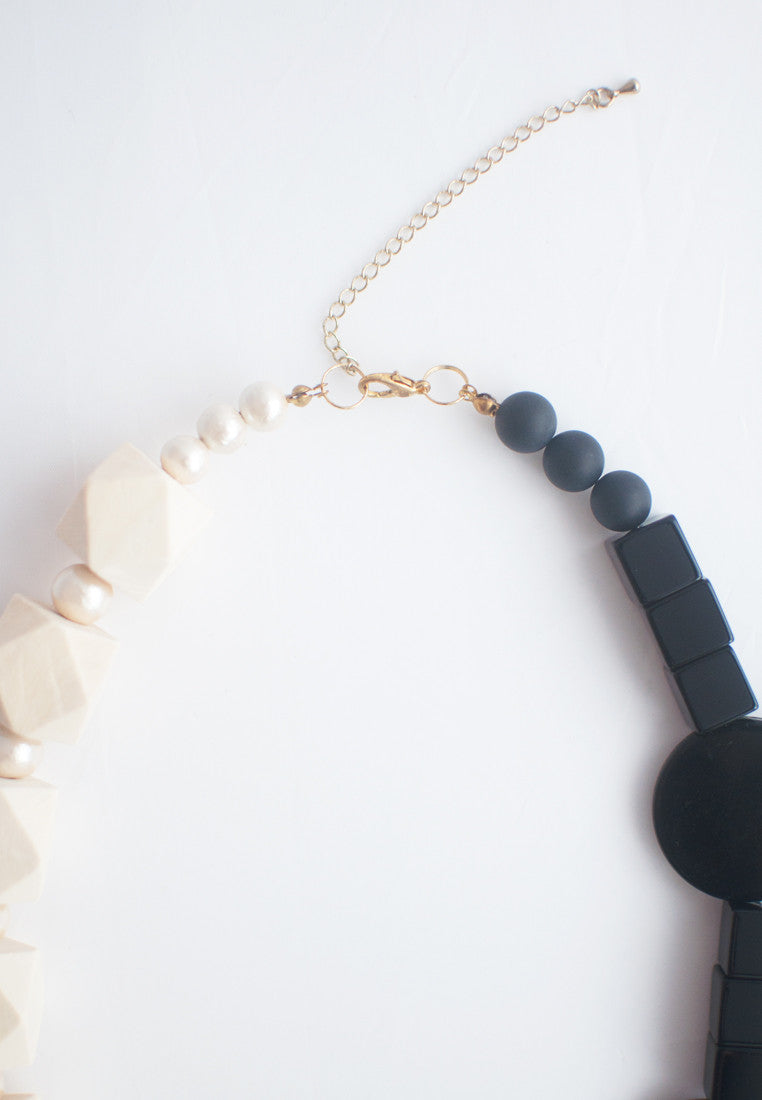 Black & White Necklace - sanwaitsai