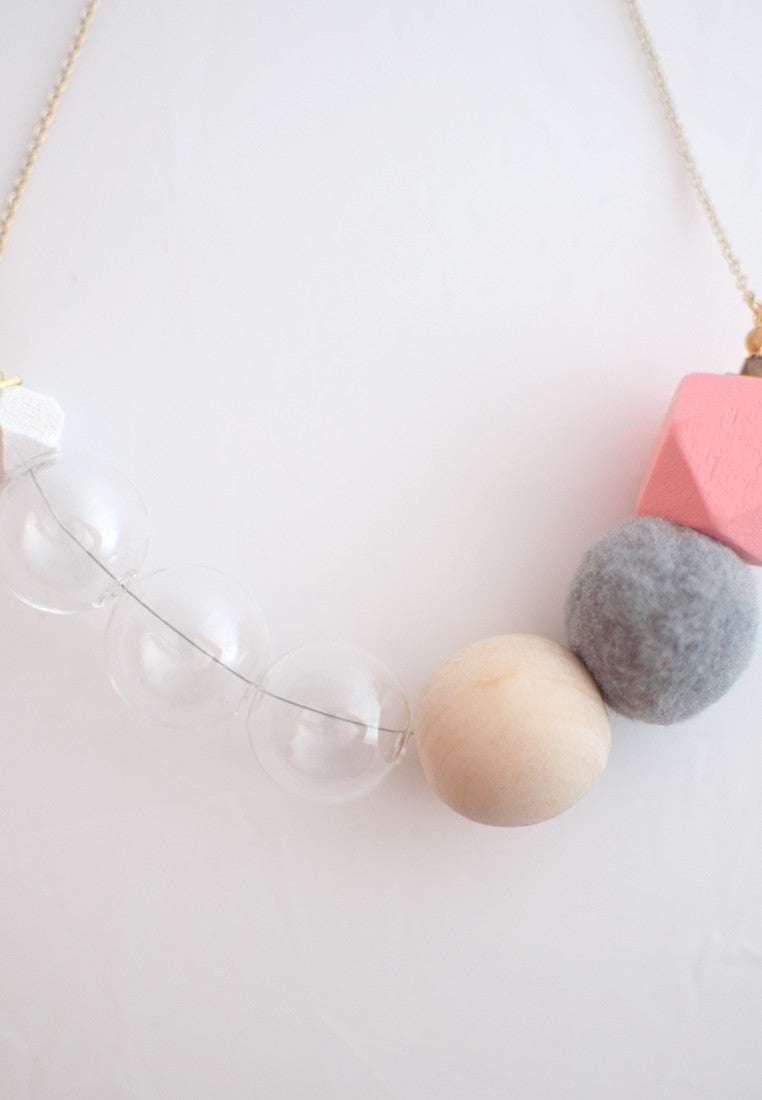 Puffer Ball Glass Necklace - sanwaitsai