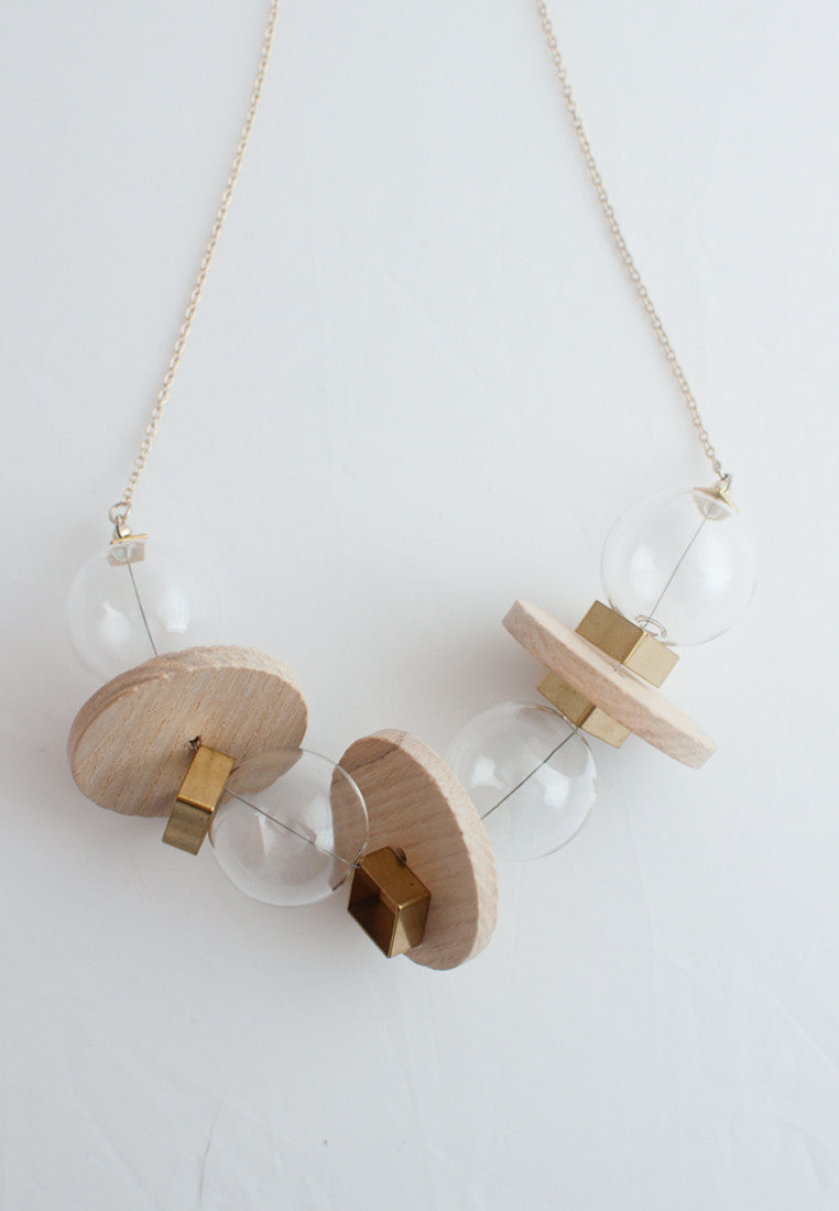 Round Wood Glass Metal Necklace - sanwaitsai - 3
