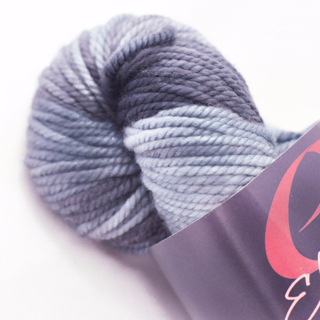 Ella Rae -  Bulky weight - Lace Merino Chunky - Charcoal #02
